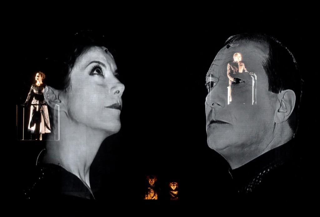 Gaia Aprea e Paolo Serra in Antigone